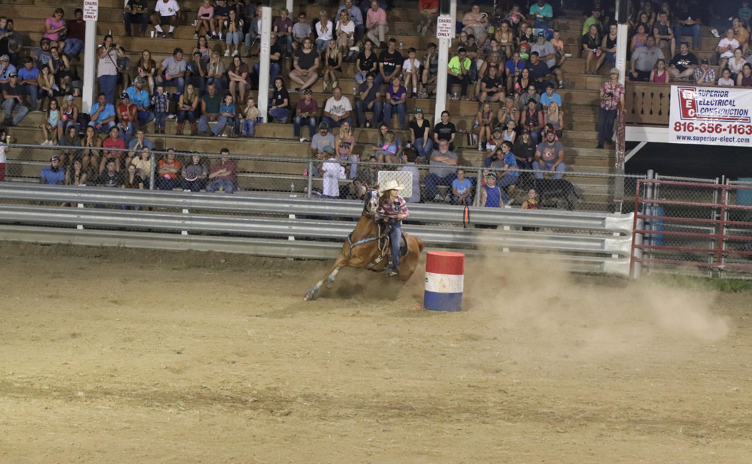 Rodeo 12.jpg