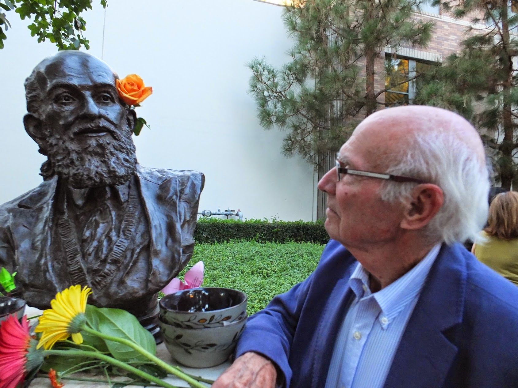 Tom 2014 with Freire bust.jpg
