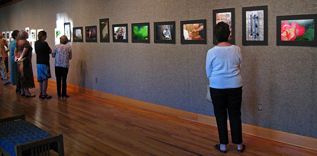 Exhibit From A Photography Workshop At Hindman Settlement School