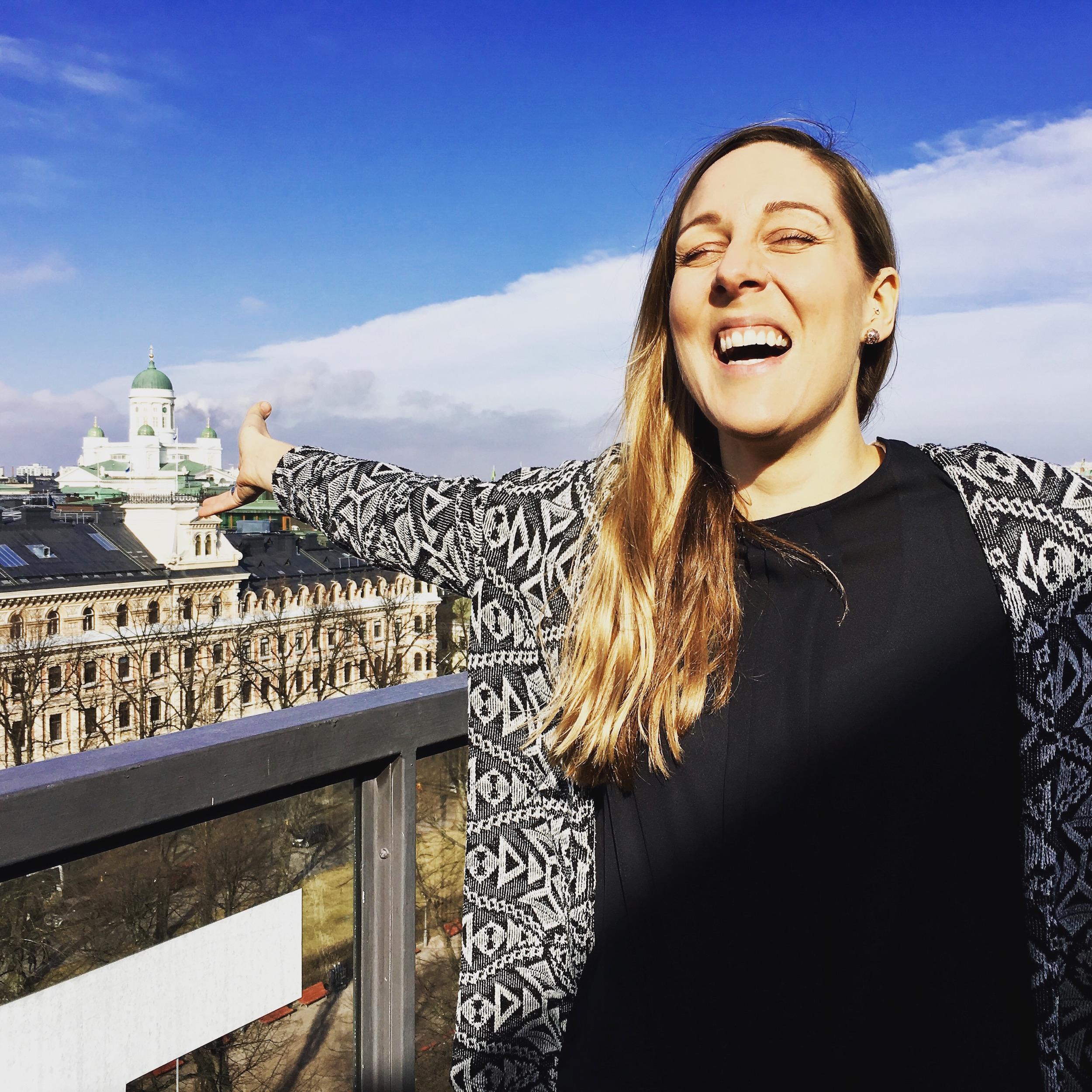 Maddalena Helsingin kattojen yllä