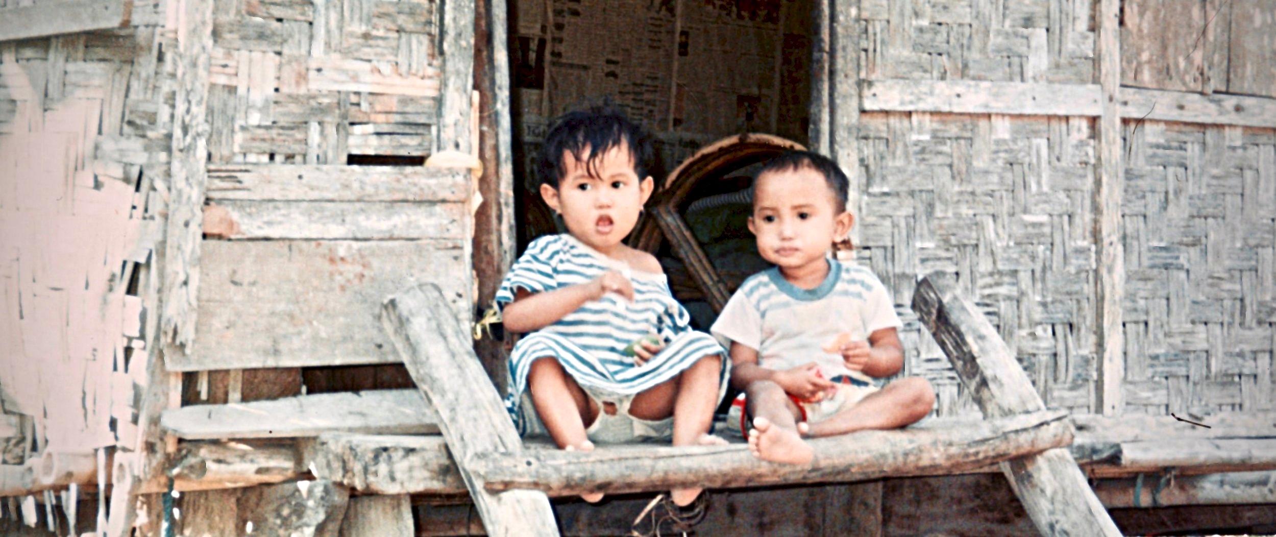 Indonesia Sumbawa kids.jpg