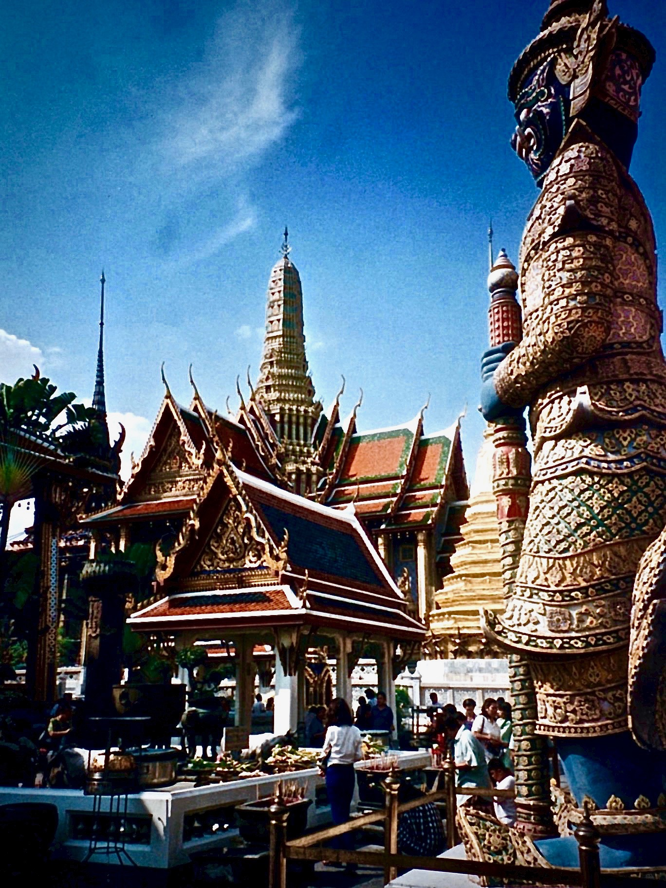 Thai palace gr8 shot.jpg