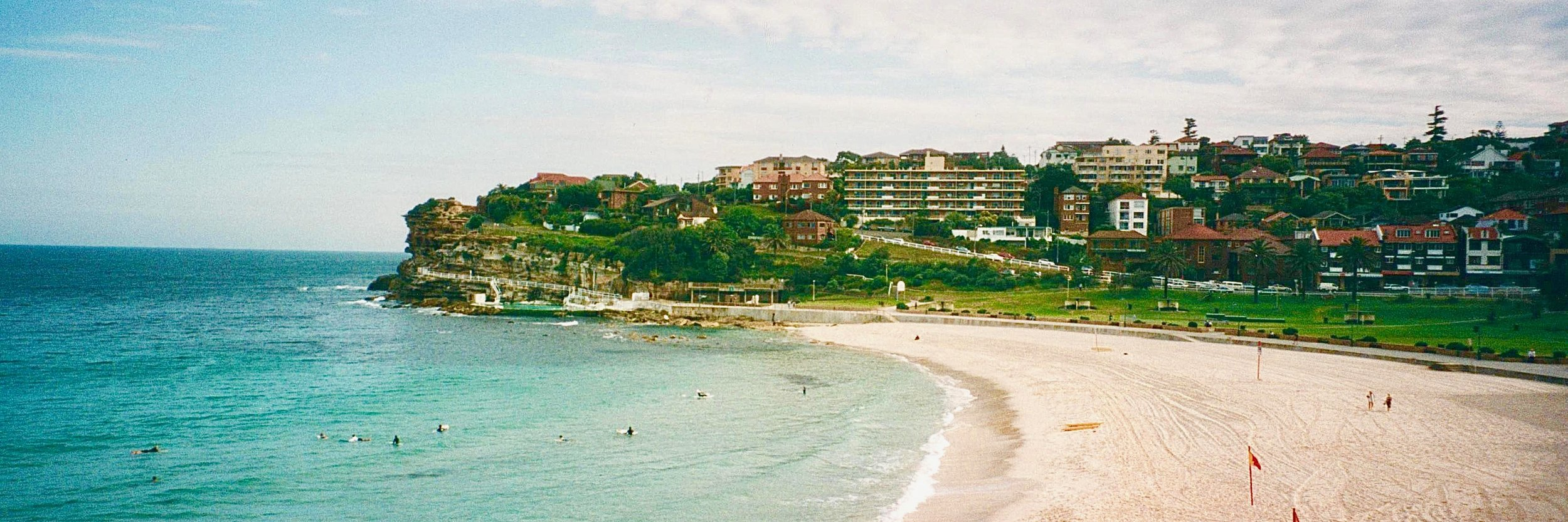 AU Bondi beach 2.jpg