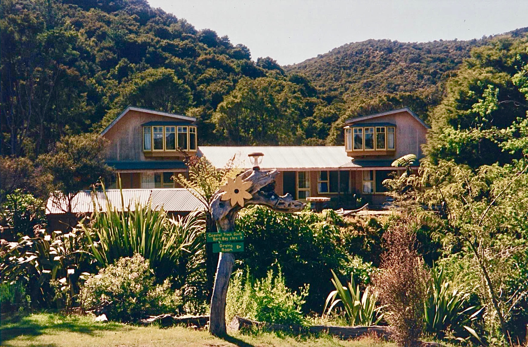 Awaroa Lodge, Abel Tasmin National Park, New Zealand