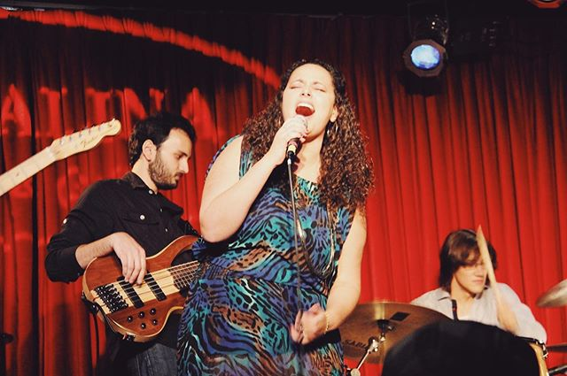 @catalinajazzclub circa 2012 - This was my face singing a high note 🎤 I think 🤔🙈 . . . . . #catalinajazzclub #jazz #brazilianjazz #brazilianmusic #braziliangirls #singer #songwriter #band #hollywood #losangeles