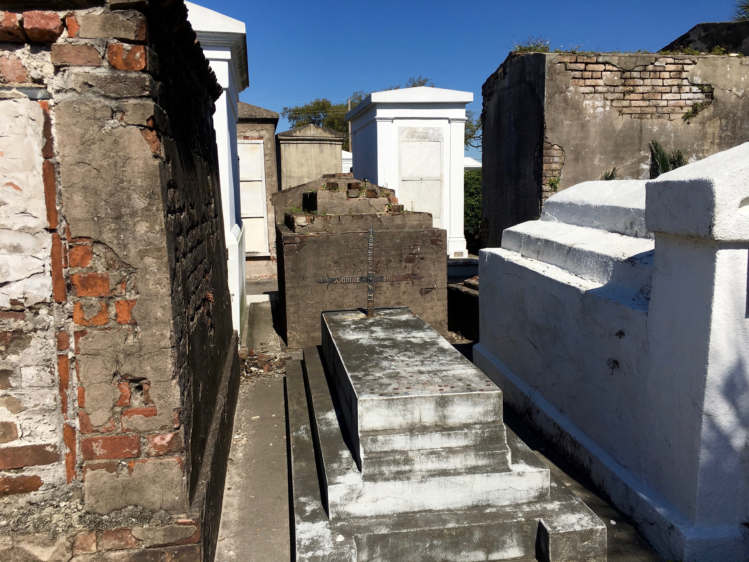 St. Louis Cemetery's oldest grave - 1800.