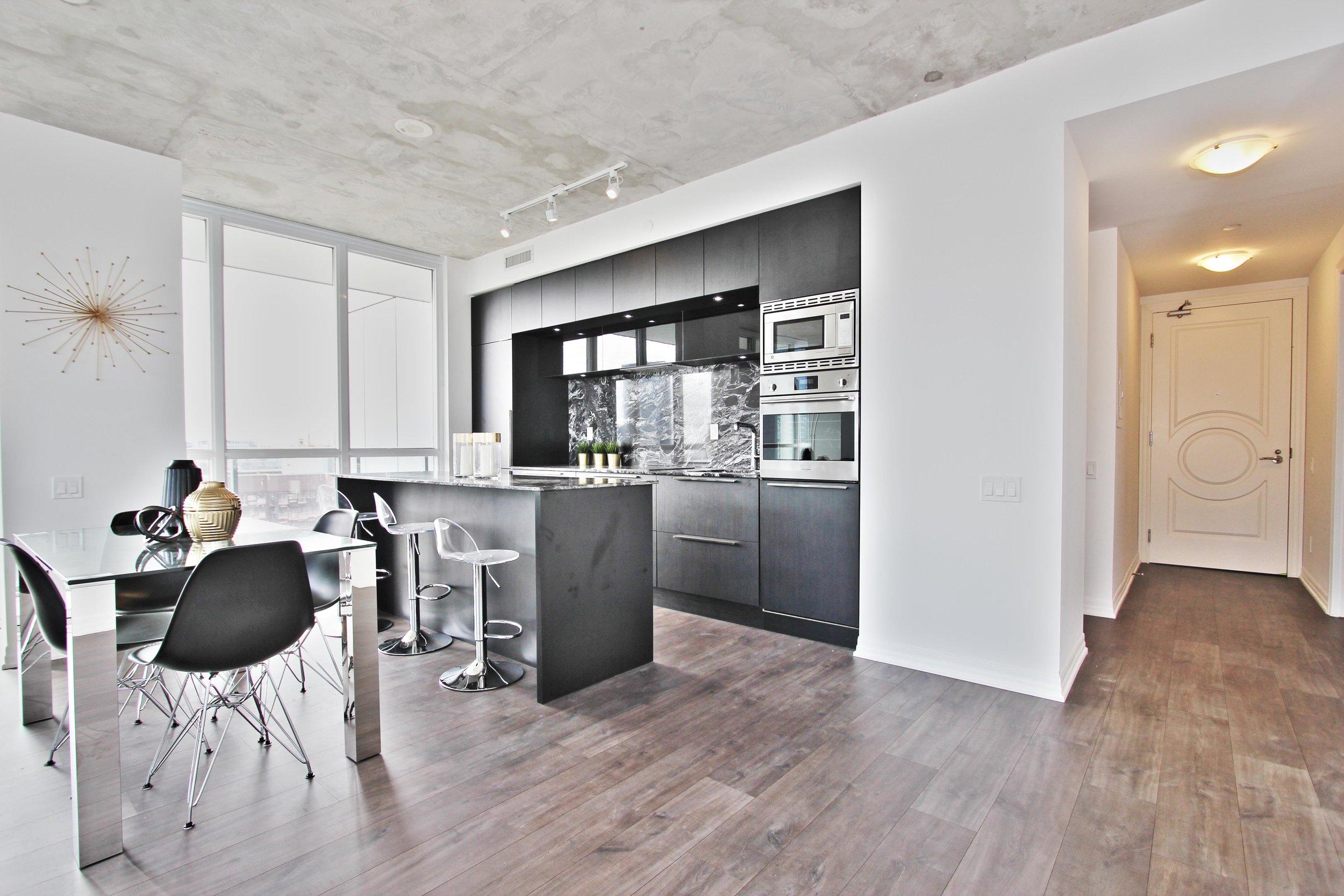 KitchenDiningFoyer.jpg