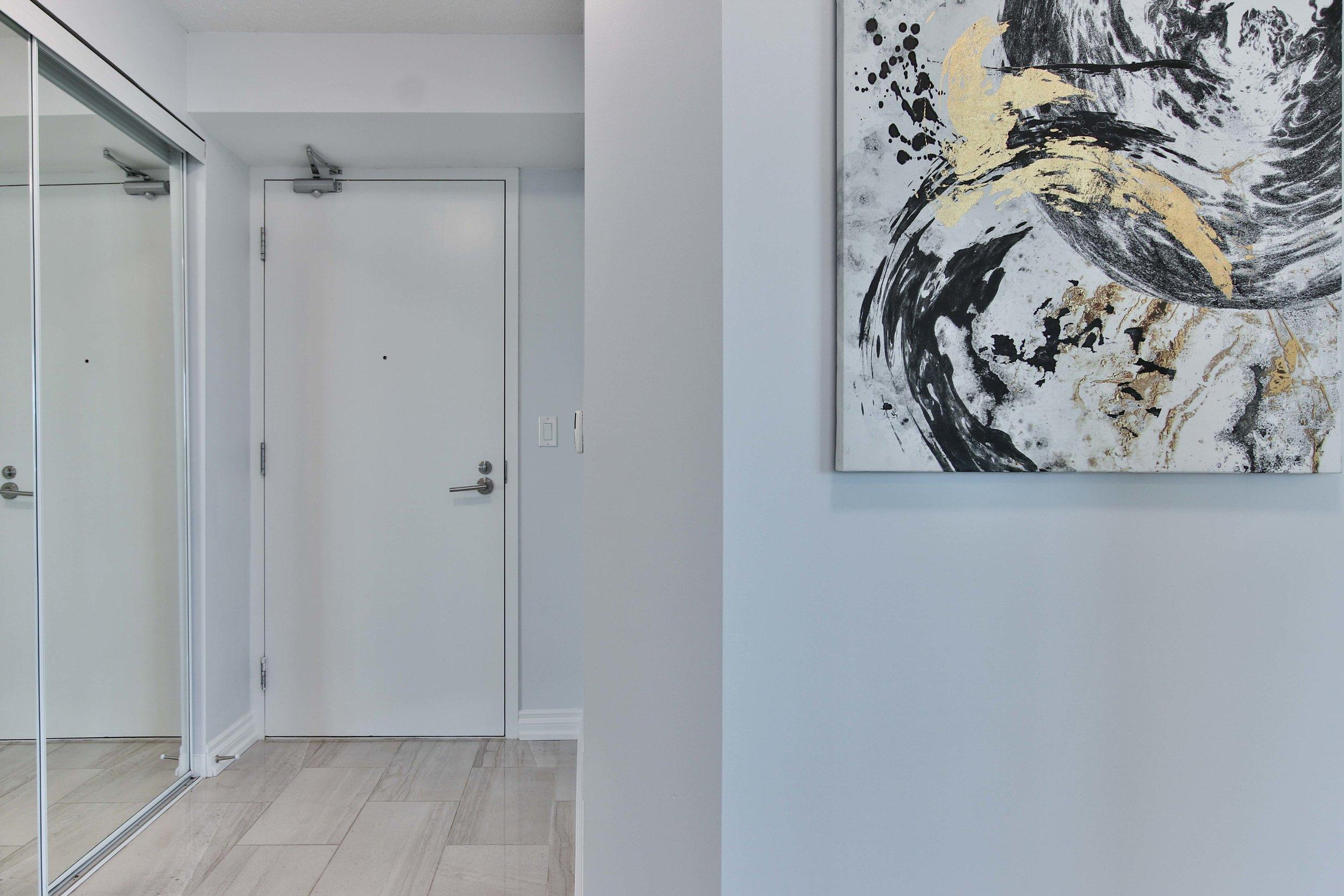 2_Foyer.jpg
