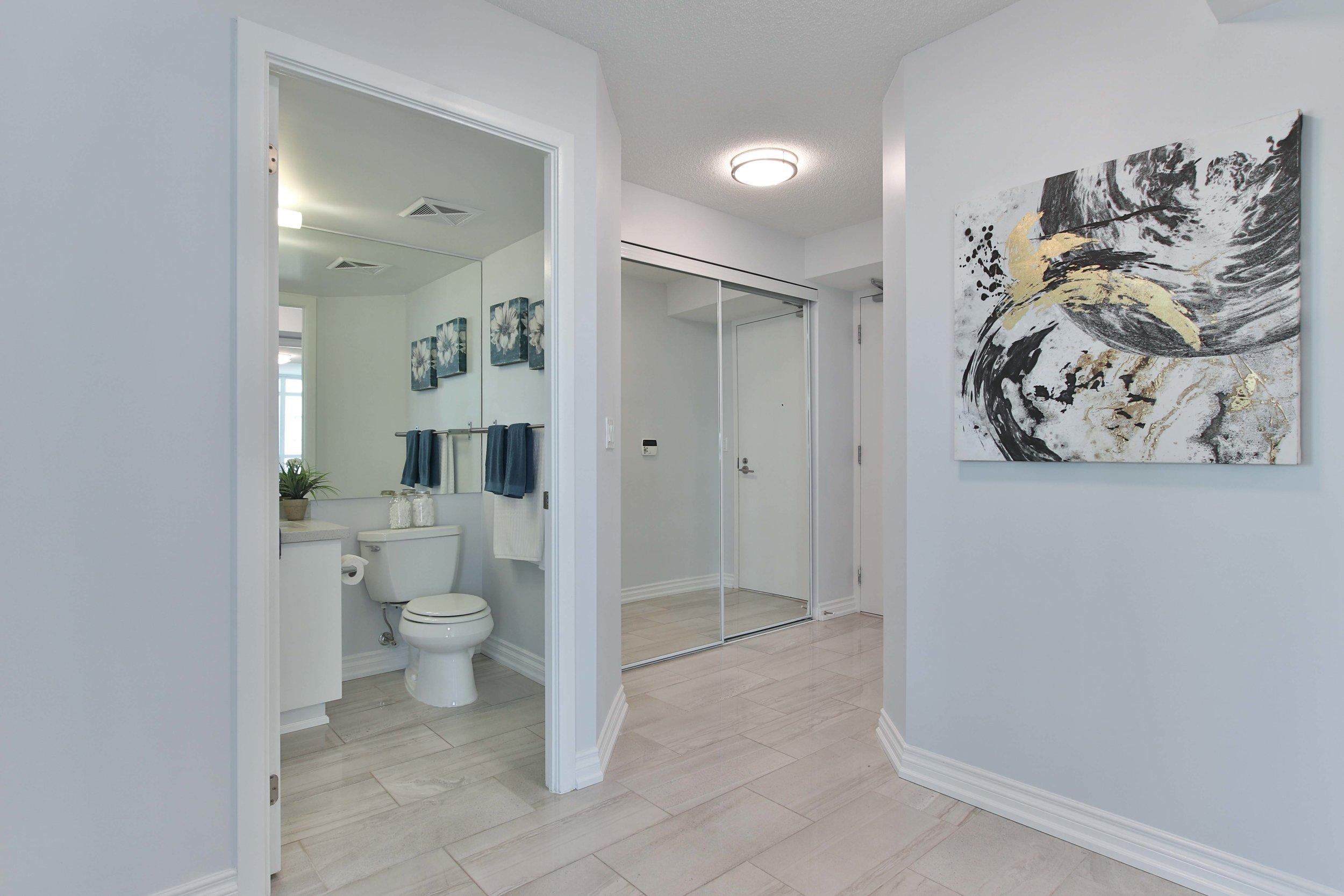 4_Foyer.jpg