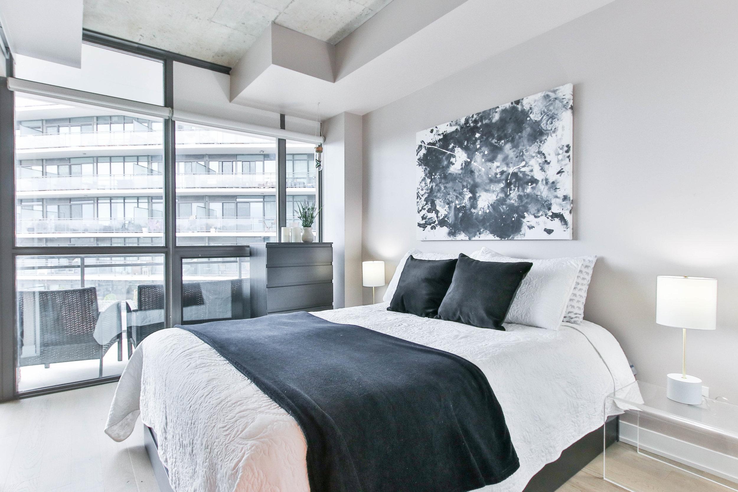 19_Bedroom.jpg