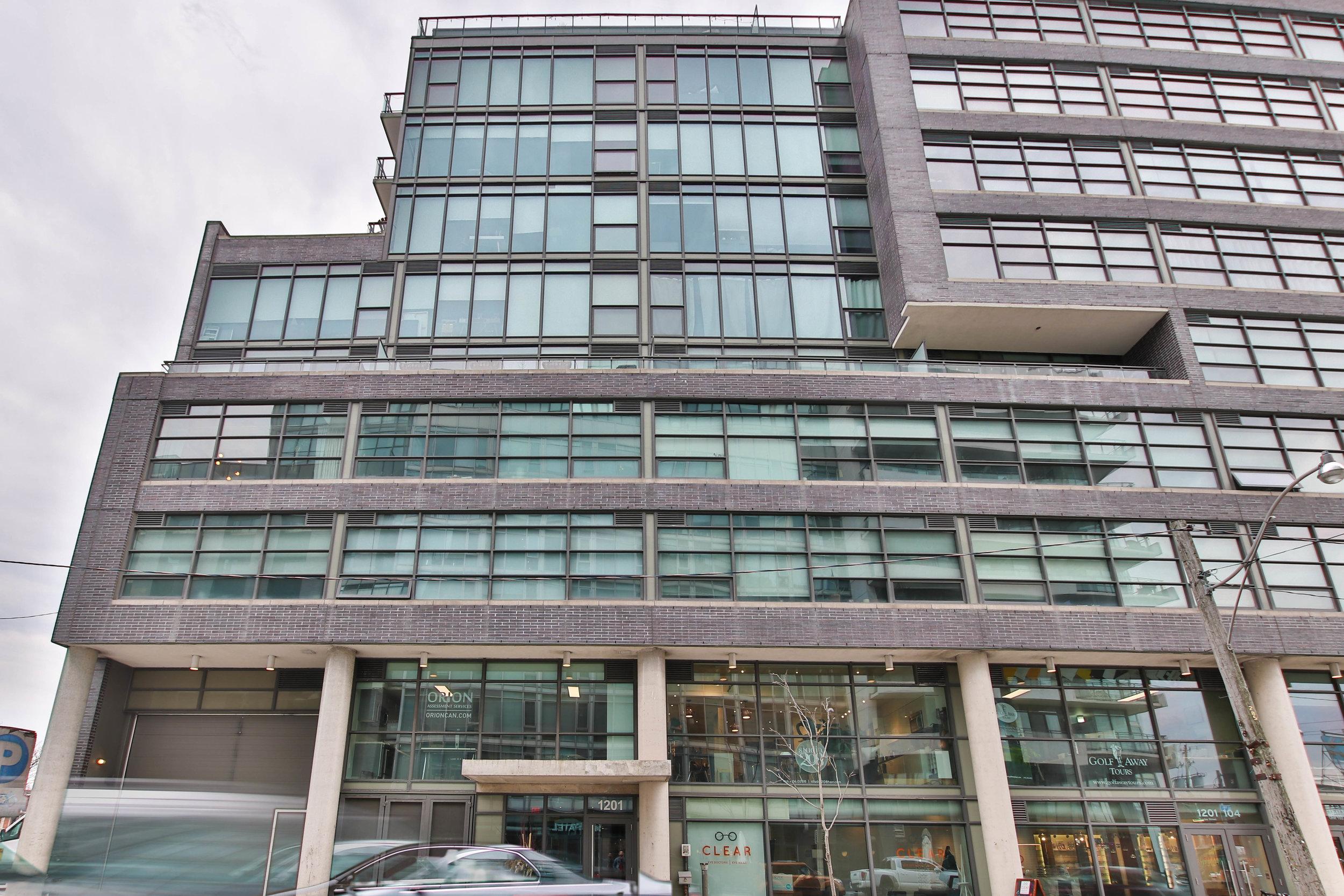 25_Building.jpg