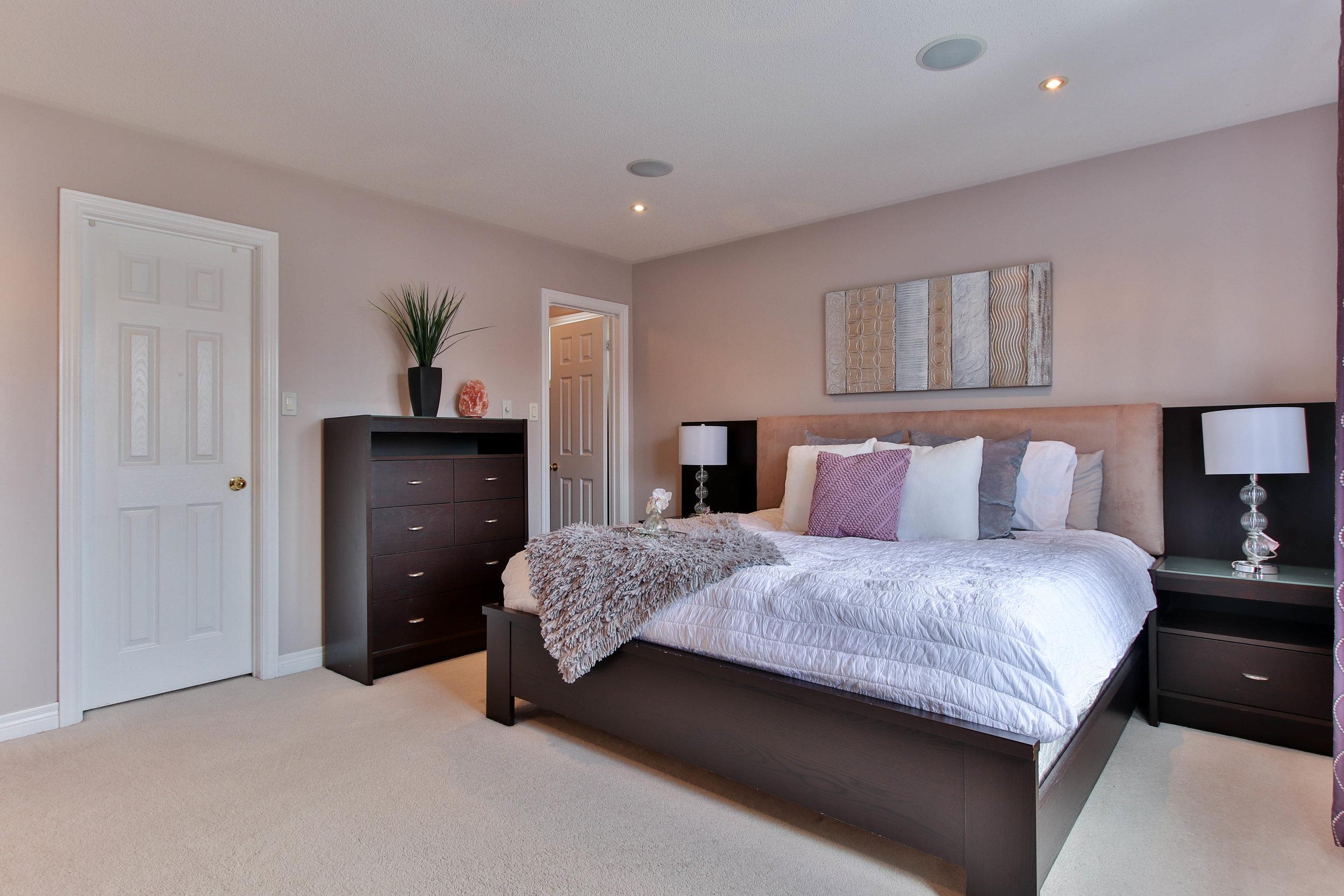 37_Bedroom (1 of 1).jpg