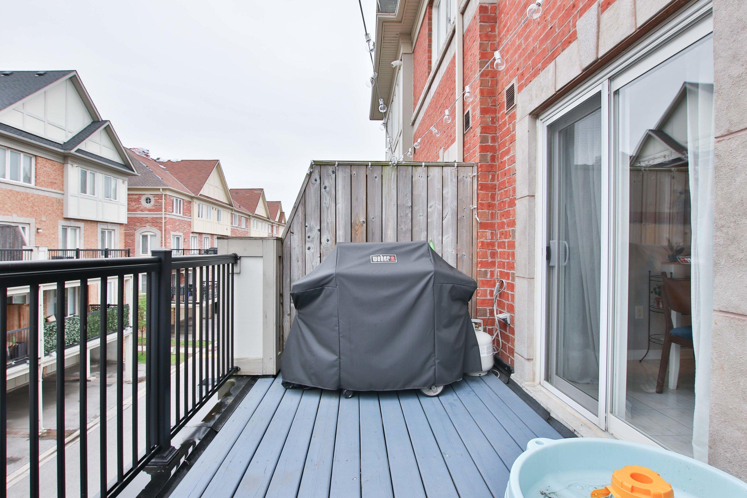 28_Porch.jpg