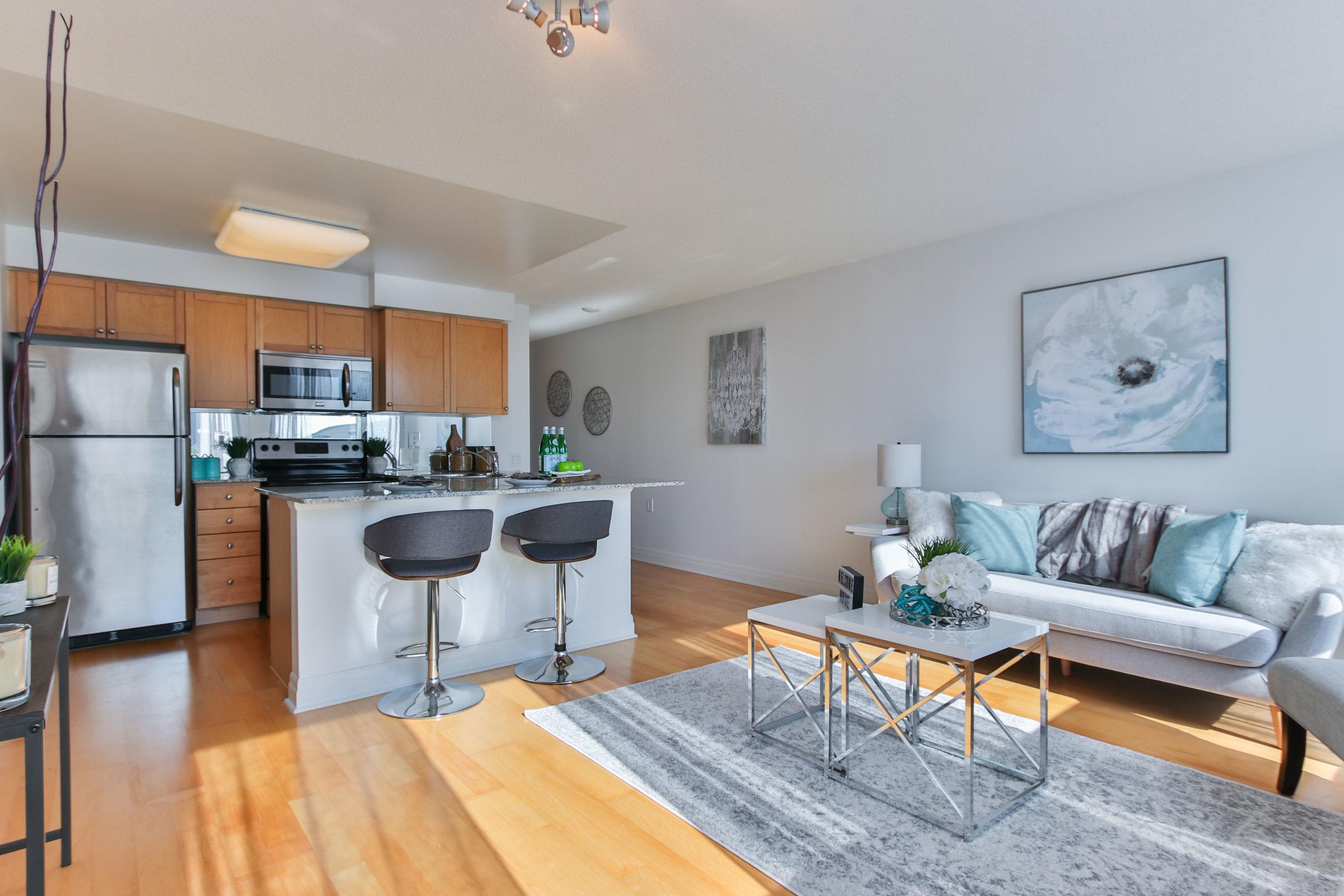 10_Livingroom.jpg