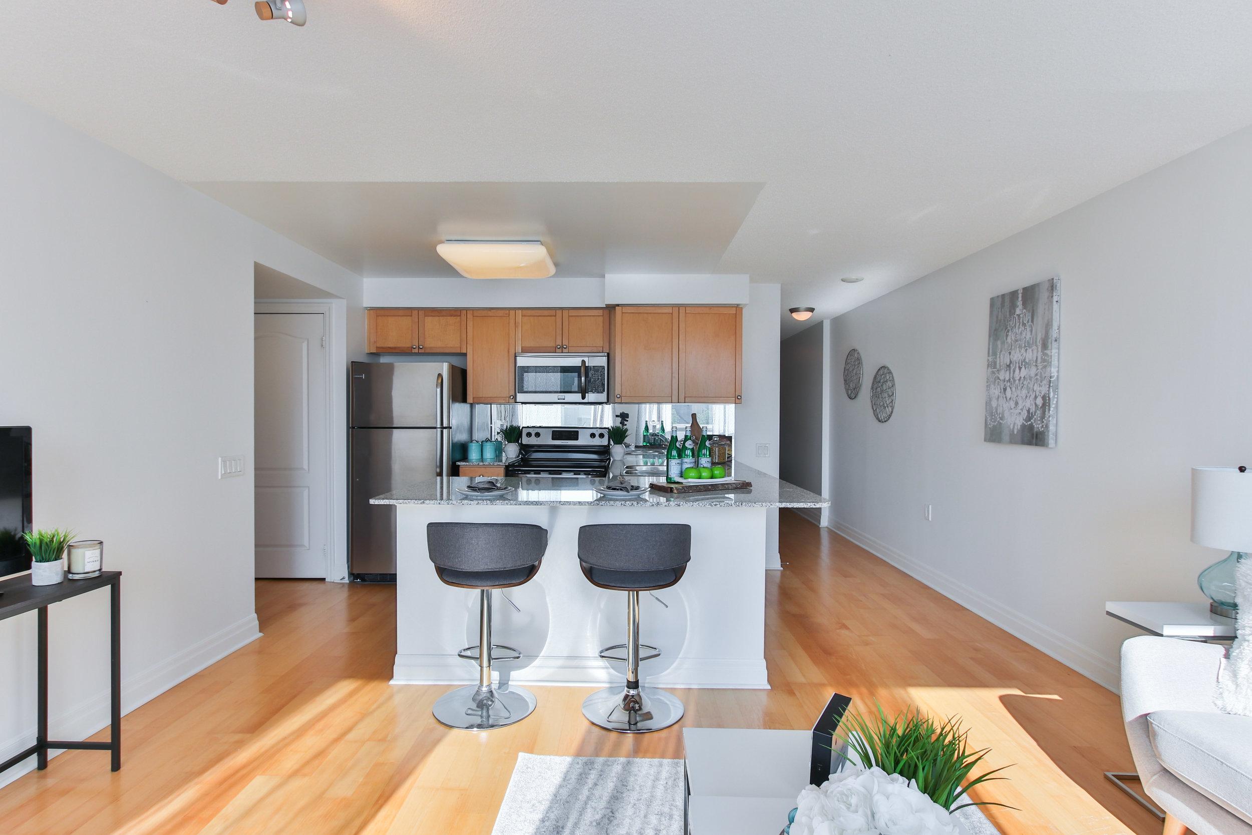 12_Livingroom.jpg