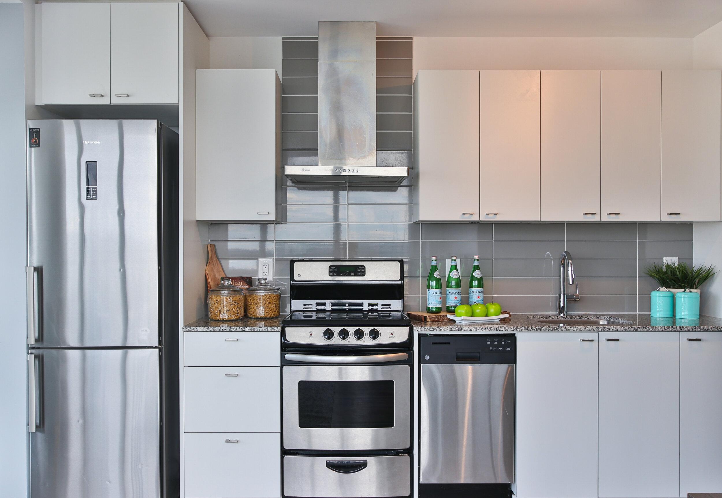 23_Kitchen.jpg