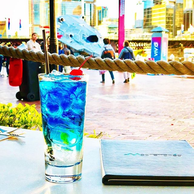 Getting into the @vividsydney spirit with the Mediterranea Blue Lagoon for happy hour 🍸 #mediterraneasydney