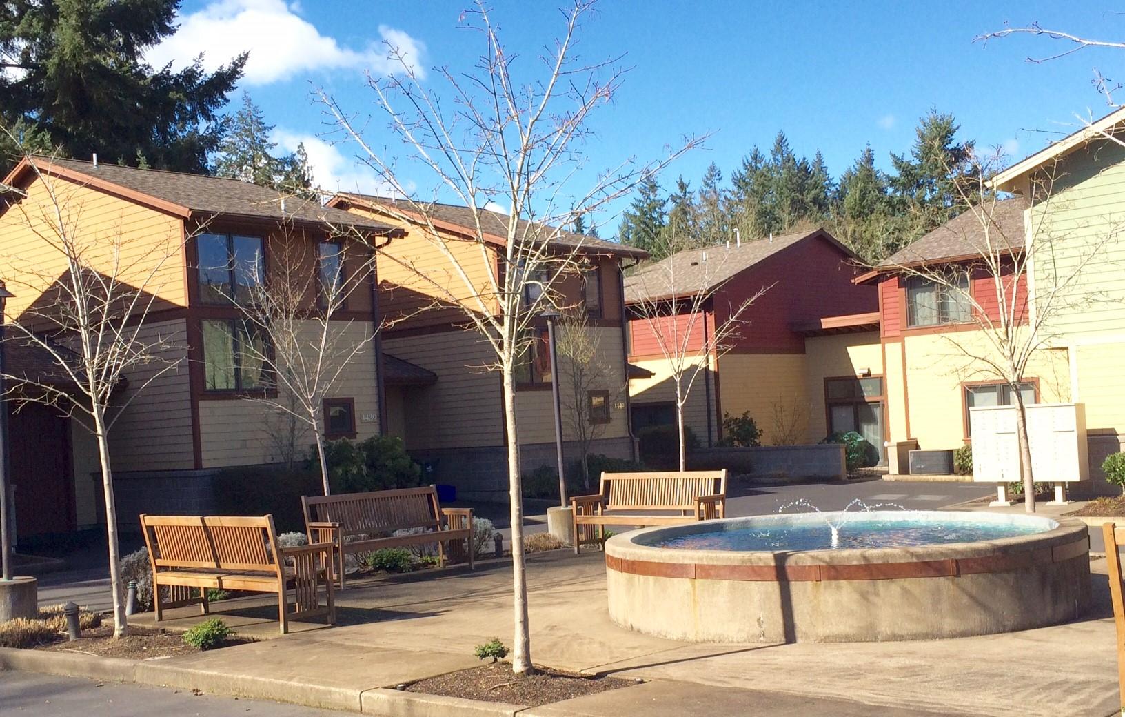 Courtyard Condos in Eugene