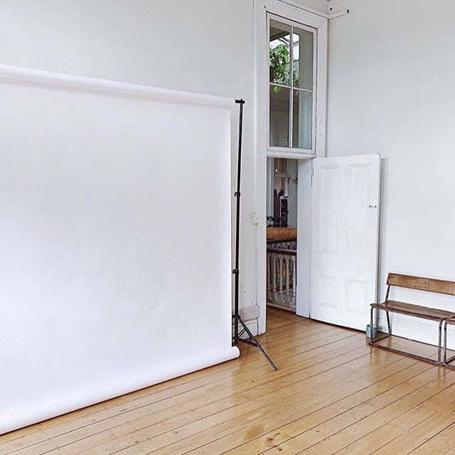 😲Have you heard yet?! Vic St Photography studios is up & running right under our roof! If you're a photographer needing a space with character, beautiful natural lighting, & a community of like minded-individuals to connect & work with, then look no further. @vic_st_studio 📸 . . . . . . #coworking #coworkingspaces #coworkingspace #photographystudio #officespaces #entrepreneur #workplacevibes #community #hustle #creativespaces #creativeplaces #creatives #beyourownboss #worklife #inspired #mahi #inspirational #spaces #neatplaces #collab #collaboration #create #cocreate #ideas #dream #aspire #dreamyspot #workvibes #hamiltonnzphotography