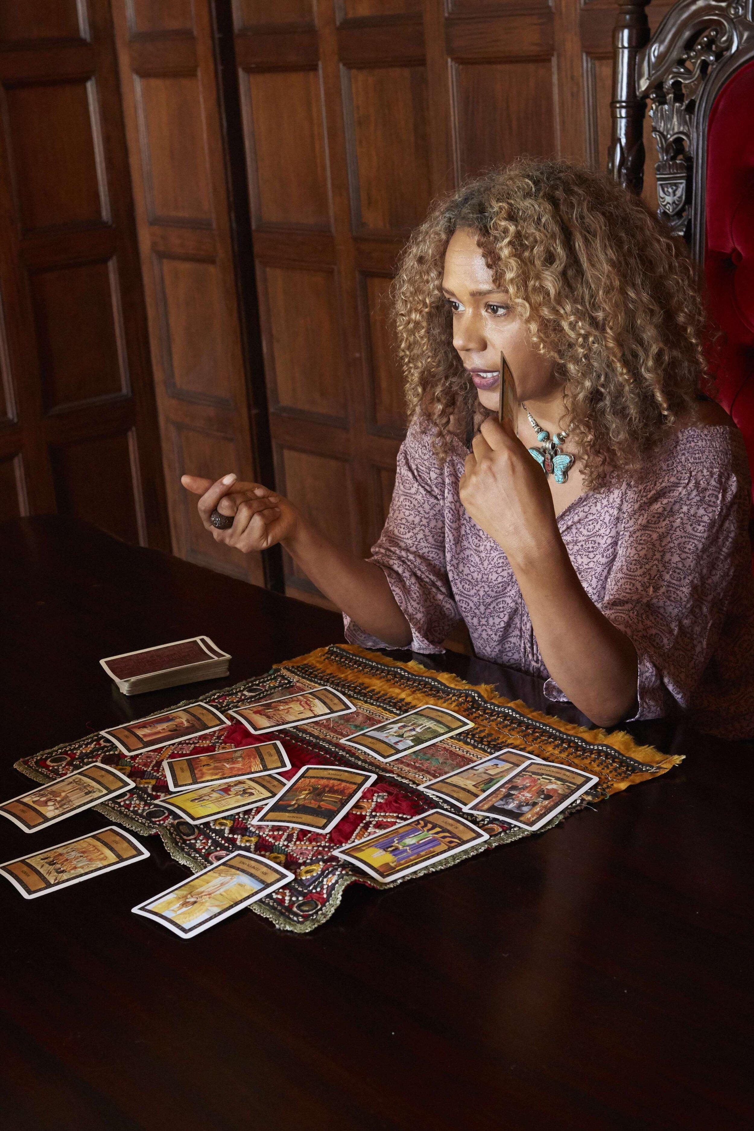 Tarot with Rachel True