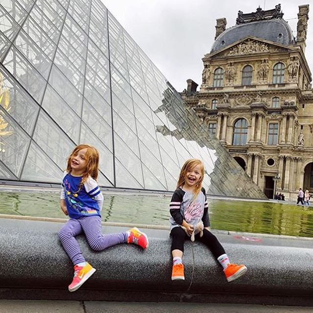 Today's #TravelTuesday inspo✨is my friend @ninasavilljewelry traveling France 🇫🇷 & the Netherlands 🇳🇱 with her twin 4-year-old girls 👯♀️ ❤️ Loving all your photos, Nina! Can't wait to hear more details on how you did it when you get back! ✈️ 🌍 * Tag your travels with #atotaltrip & I'll feature faves on Tuesdays. * #travelwithkids #instatravel #travelgram #travel 💙