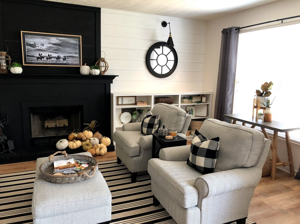 Builder grade fireplace makeover