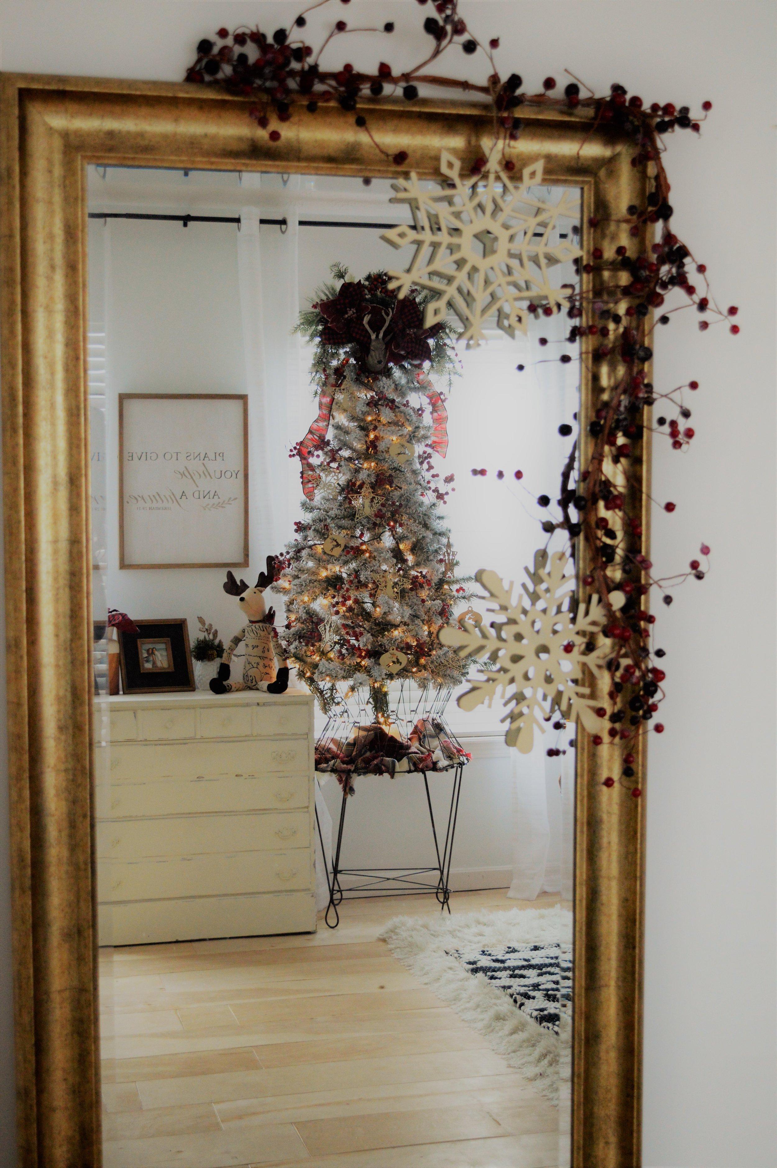 farmhouse Christmas tree bedroom