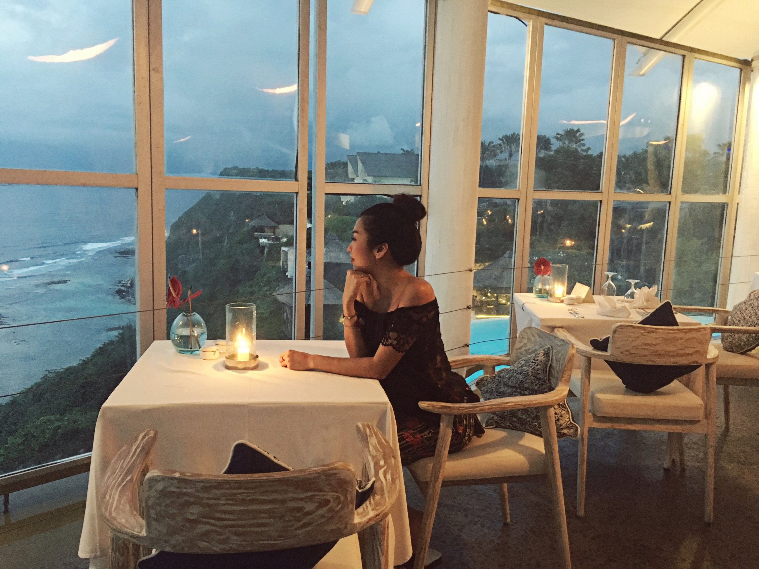 Still daydreaming about the view . . . * sigh - Sitting on the edge of a cliff over looking the ocean while the sun sets is absolutely everything. Add a delicious meal, glass of wine and it really turns into a