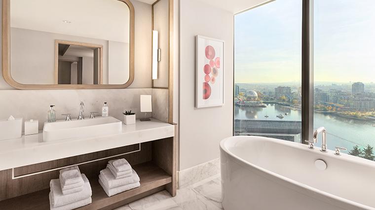 jw-marriott-parq-vancouver-bathtub.jpg