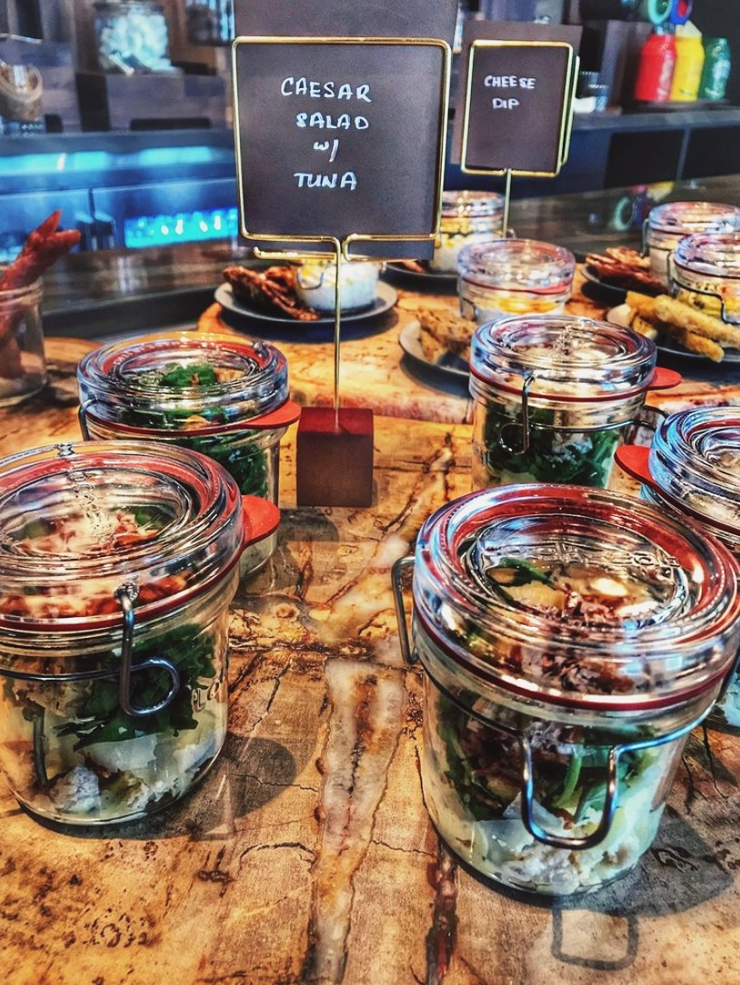 It's all about the food & drinks... - Gold and Platinum members have access to the JW Executive Lounge. (Sucks to be you, if you aren't a member) Included:⤑  Deluxe American breakfast buffet offered seven days a week.⤑  Coffee, tea, fresh pressed juice, non alcoholic drinks & snacks throughout the day. ⤑ Dairy free, Vegan & Vegetarian options available. ♡ ⤑ Honor Bar including wine, beer, spirits & canapés served on Thursday to Sunday evenings.  ⤑ Complimentary Wi-fi.⤑  & of course, the loveliest service.