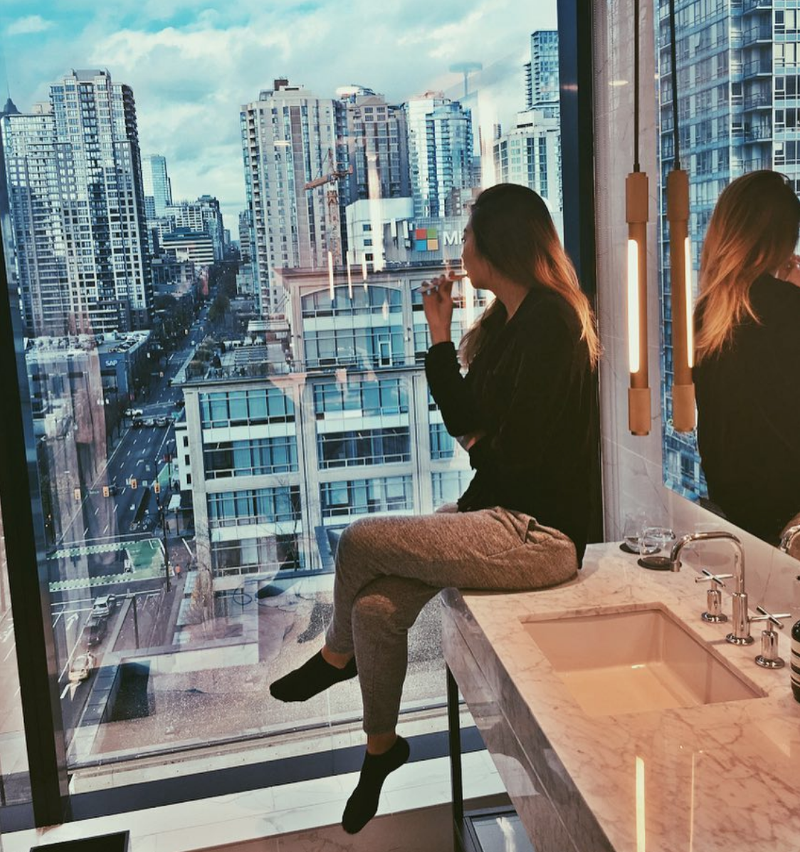 Highlights - ▽ The entire suite was unreal, but the master bathroom with the shower views was definitely the biggest highlight for me.▽ Can someone please buy me that BED?! We still can't get over how damn comfy it was!▽ We went and enjoyed a dip in the outdoor jacuzzi on the rooftop in pouring rain, which was a lot of fun and quite romantic. (Water could have been warmer doe)▽ Happy Hour at Honey Salt and BC Kitchen. (Highly recommend cocktails at BC Kitchen and the mussels at Honey Salt)▽ Gambling at the Casino (even though we lost 75% of the time haha)