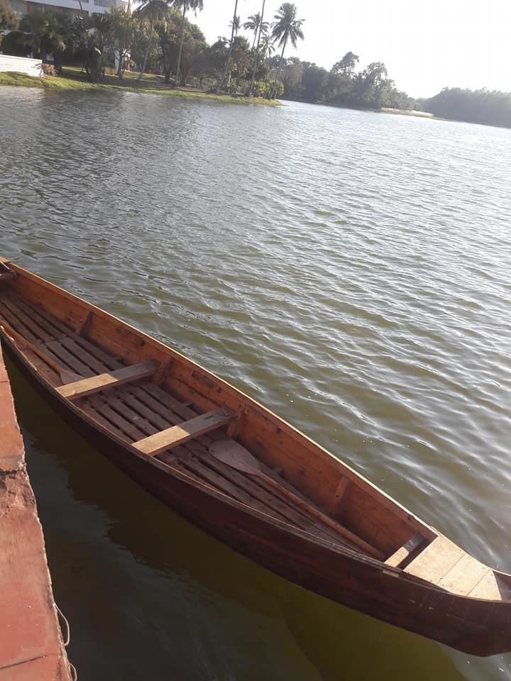 Visiting Inya Lake in Burma.