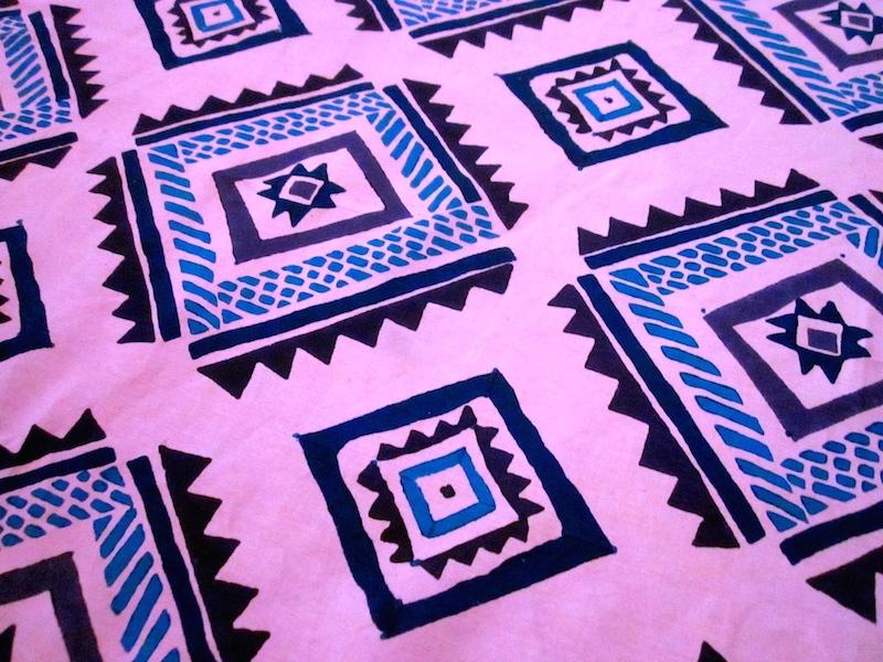 diamond - pink / hand blocked cotton-linen
