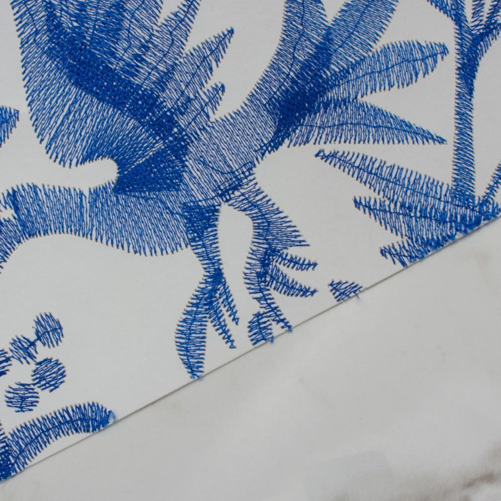 Aves - Navy detail
