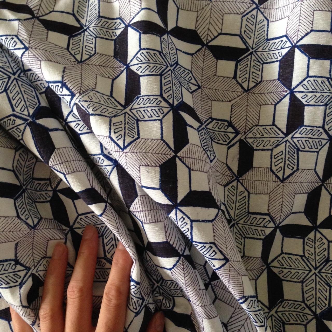 kandahari grid / hand blocked cotton-linen