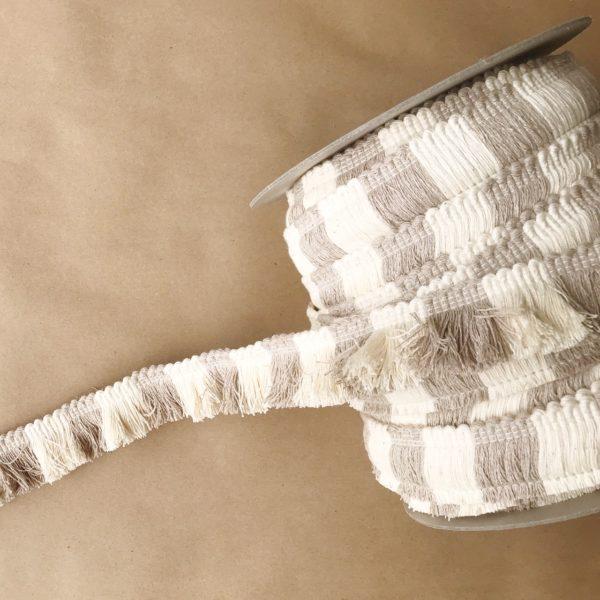 """1.5"""" Big Top Cut Fringe Linen"""