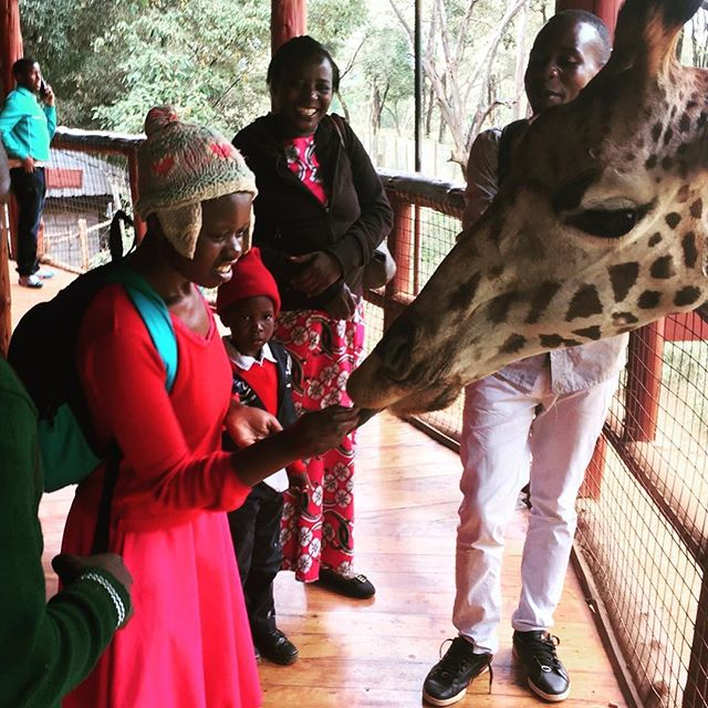 Many of our students have lived next to wildlife attractions like this their entire lives and have never been able to visit them or venture outside of their homes. We are so thrilled when our volunteers are able to help coordinate amazing field trips for our students and staff like this one to the giraffe park!