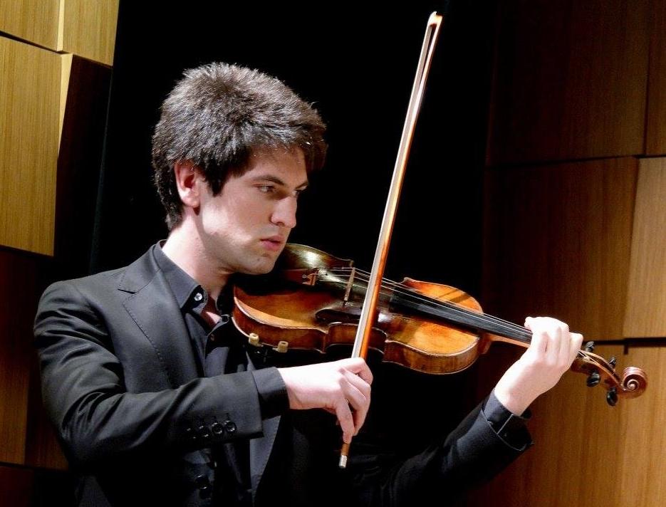 Luis Segura, Violin