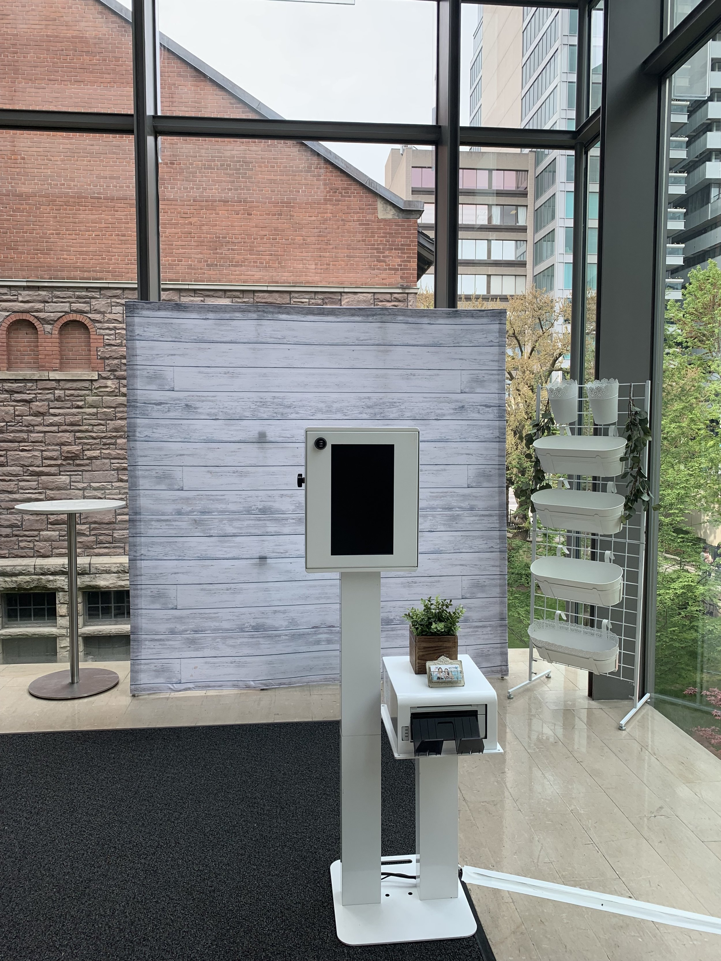 Toronto Wedding Photo Booth
