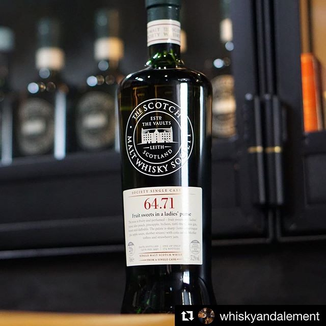 Unleashed from the golden amber archive of society rarities and historic bottles as of today. Whisky & Alement have opened cask 64.71 Fruit sweets in a ladies' purse today, a delightfully complex 26yo speyside gem. Don't miss out, drop into your favourite whisky bar today. . . #thesmws #thesociety #mannochmore #oldwhisky #viski #smws #whiskyandalement #regram #drinkbetterbooze #singlecask #scotchwhisky #Repost @whiskyandalement ・・・ 26 Years young and fresh as a spring 🌼 This is just the ticket for a fragrant and relaxing dram. Archive releases don't get much sweeter and nuanced than this! #archive
