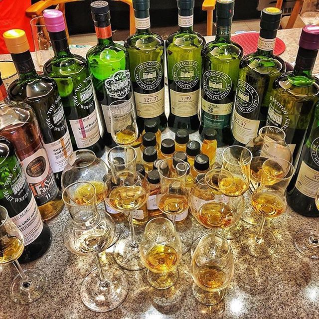 Some members really know how to throw a party! Ooft. Graciously shared from SMWS member and friend @smwsenjoy ・・・ SMWS  #愛呤酒 #whiskyuniverse #whisky #whiskey #ウイスキー #威士忌 #виски #위스키 #scotch #singlemalt #scotchwhisky #scotchporn #whiskyporn #whiskygram #whiskylover #tasting #ireland #islay #edinburgh #scotland #singlecask #caskstrength #spirits #bourbon #sweet #sherry #girvan#cask #smws #thesmws