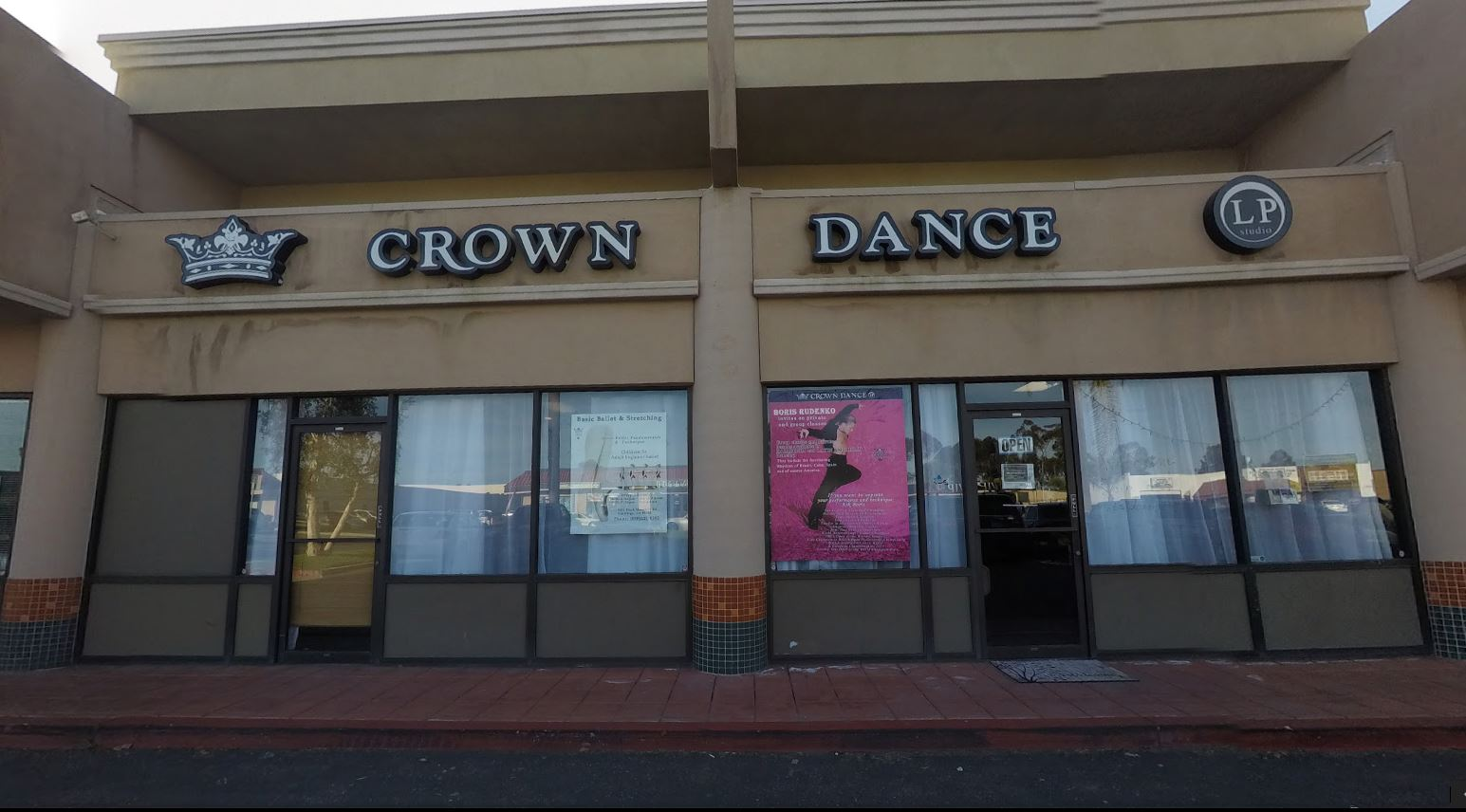 Crown Dance Studio