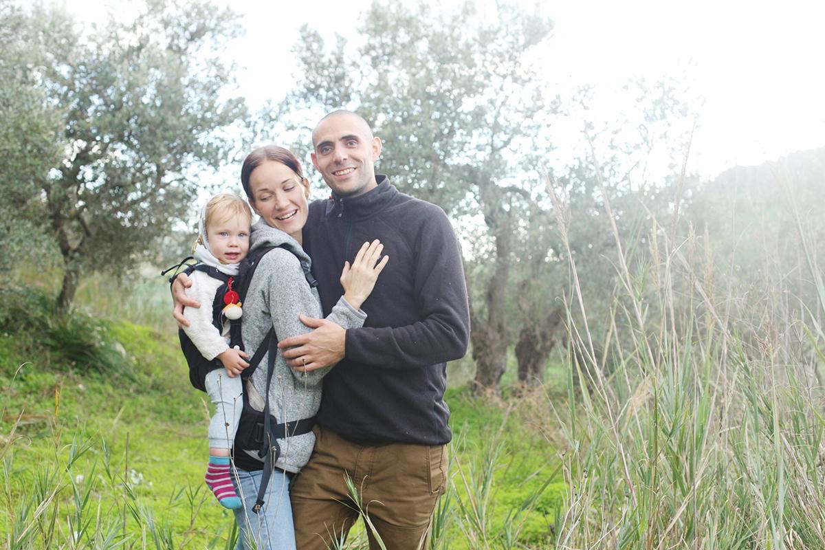 taru and family cianciana2.jpg