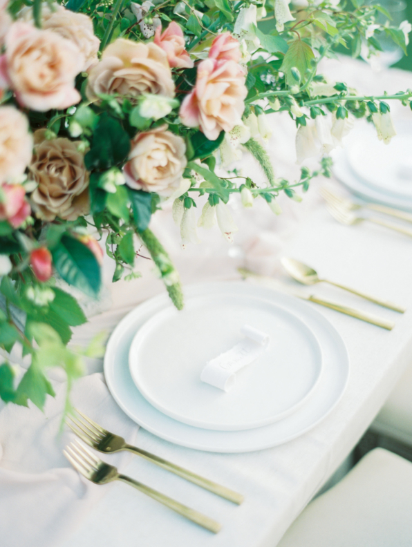 Romantic-Pink-and-Green-Centerpiece-1-298x396@2x.jpg