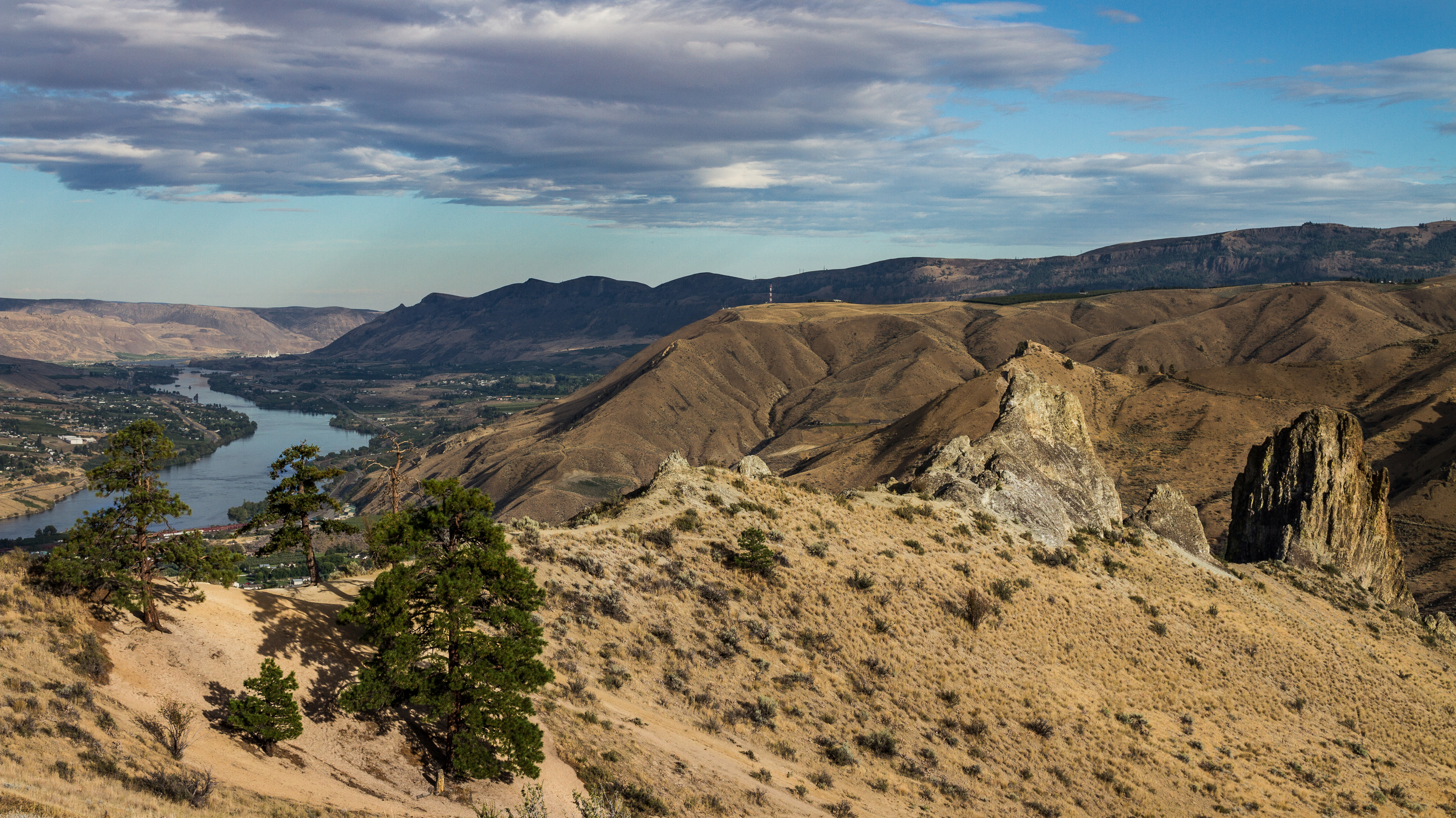 wenatchee hike+video 059-2.jpg