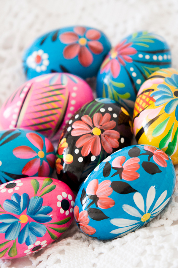Hand-Painted-Polish-Easter-Eggs-Krakow-Poland.jpg