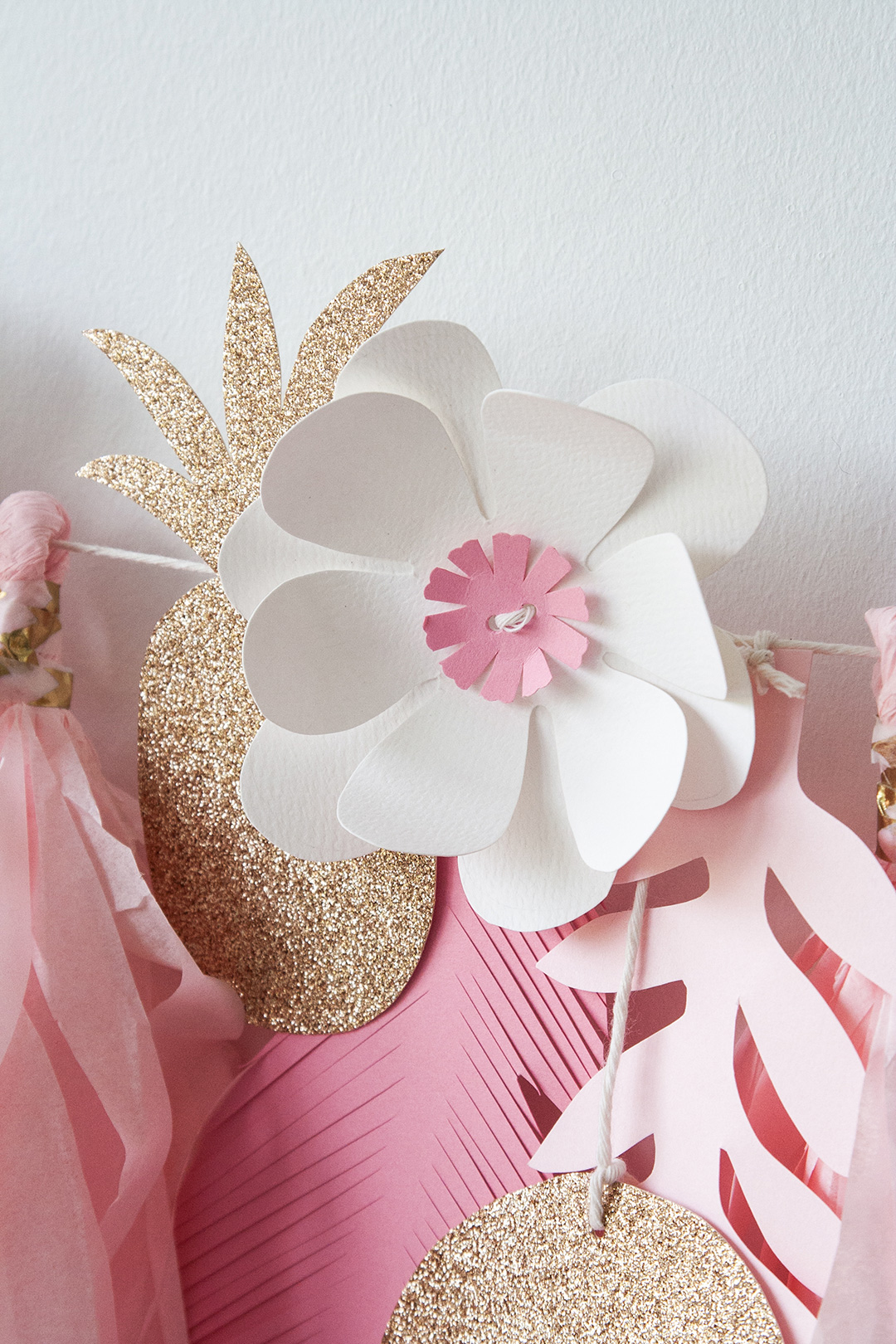 Orange-Paper-Shoppe-Sydneys-Pink&Gold-Tropical-Birthday-Garland-4.jpg
