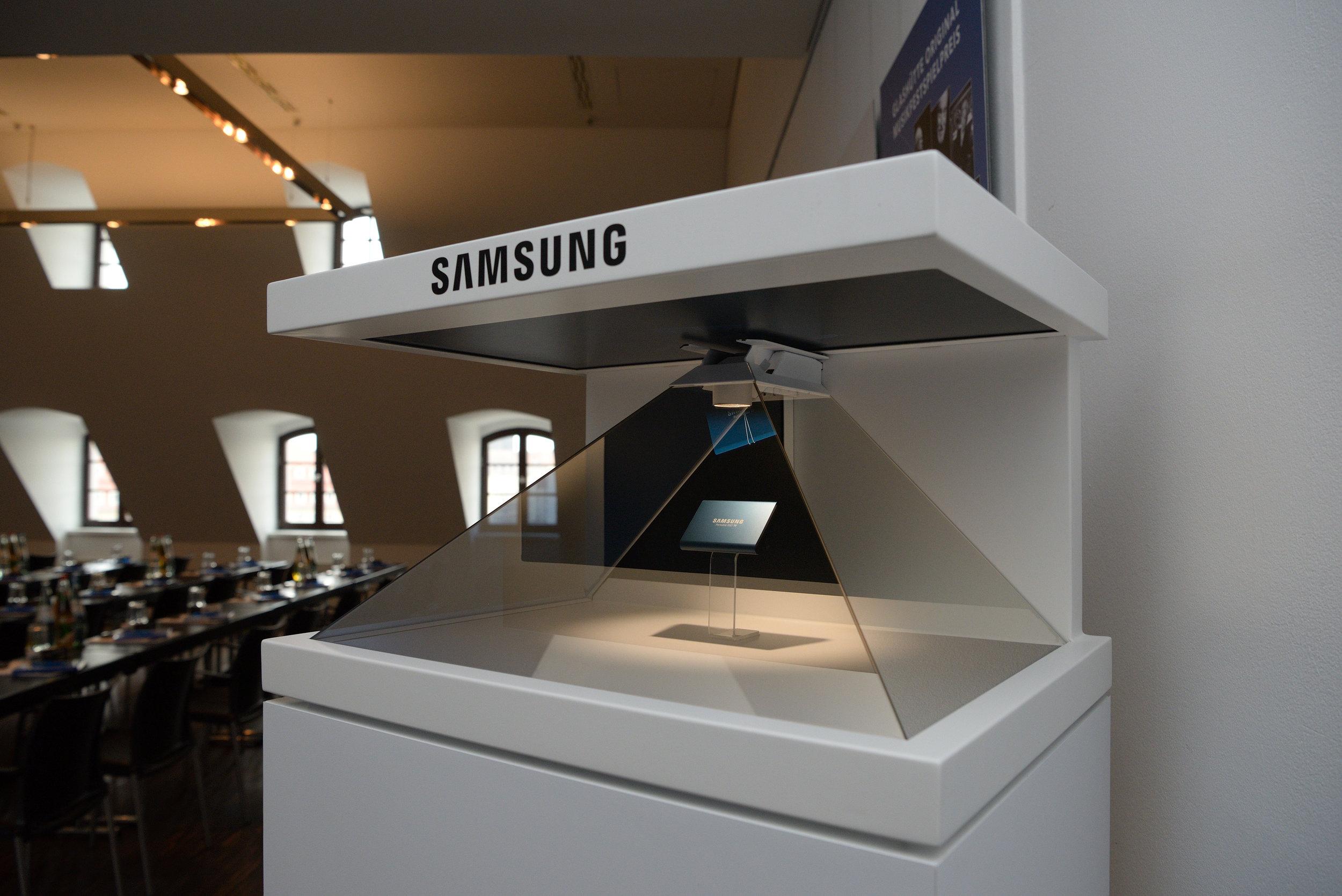 Samsung Kick off