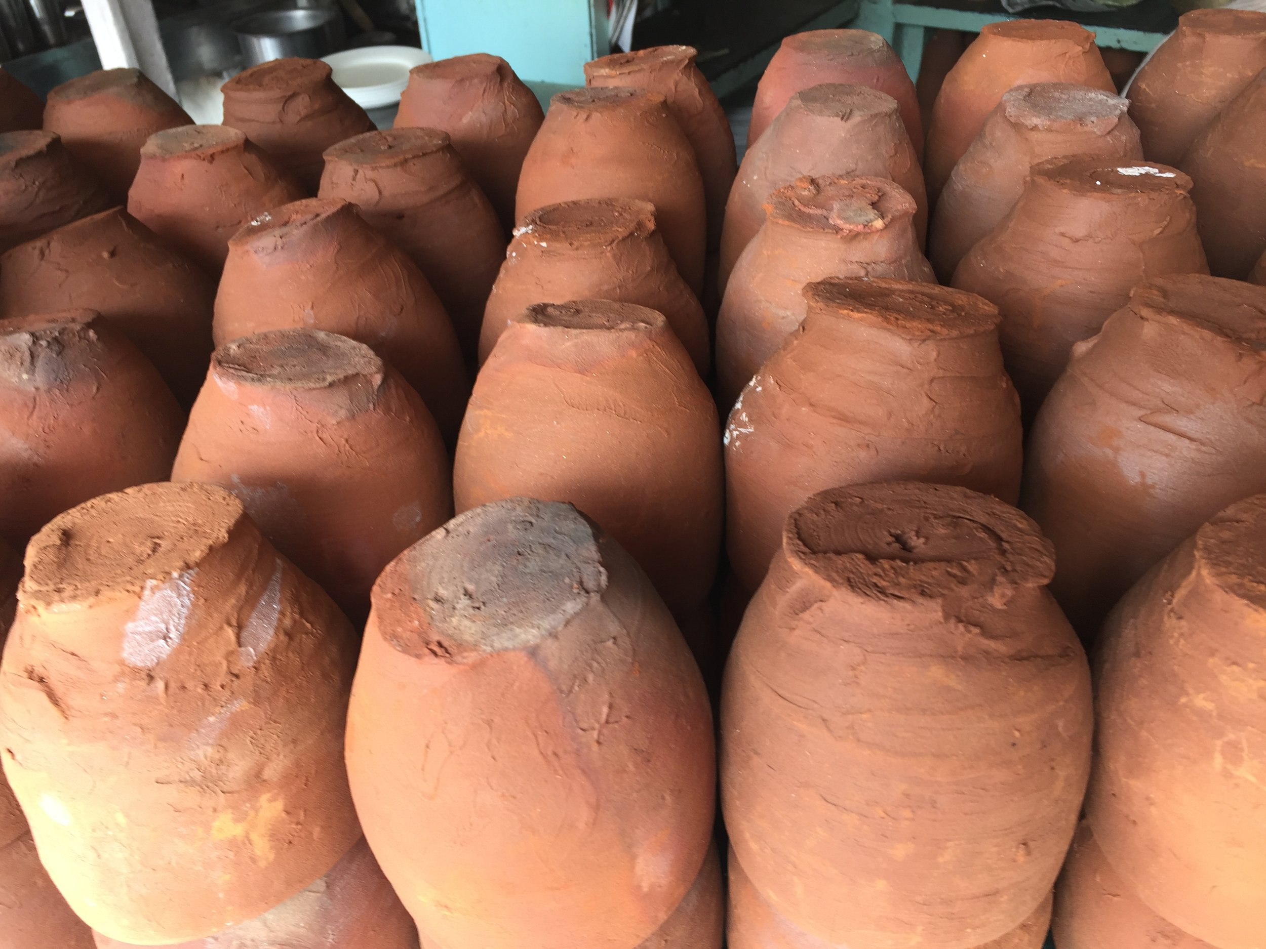 Clay pots for serving Chole Chawal in Chandni Chowk.