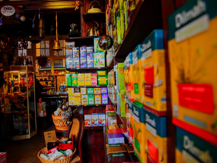 't Zonnetje tea shop Amsterdam.